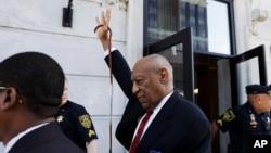 賓夕法尼亞州一個陪審團宣判喜劇演員比爾考斯比性侵康斯坦德的罪名成立。