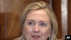 Secretary of State Hillary Rodham Clinton, who has thrown her support behind women in Saudi Arabia who are protesting the kingdom's ban on female drivers, speaks in Lusaka, Zambia, June 10, 2011 (file photo)