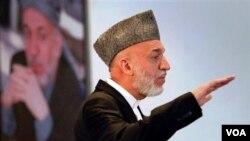 Hamid Karzai menegaskan perundingan tidak resmi telah berlangsung dalam upaya mengakhiri perang selama sembilan tahun ini.