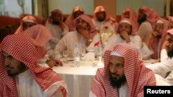 اعضای سعودی کمیته امر به معروف و نهی از منکر در ریاض