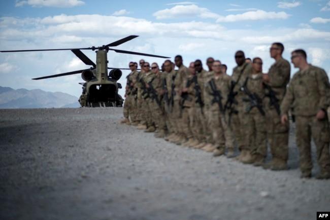 امریکہ 31 اگست تک افغانستان سے اپنے تمام فوجی دستے نکالنا چاہتا ہے۔