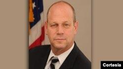 León Rodriguez es el nominado del presidente Obama para el puesto de director de Inmigración.