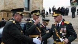 ارتش و دولت بر سر مسأله حجاب مراسم بنيانگذاری ترکيه را بطور جداگانه برگزار کردند
