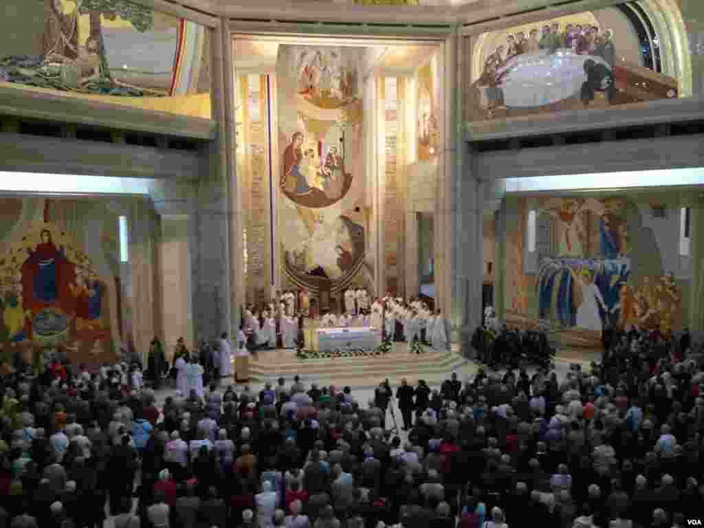 Las canonizaciones de Juan Pablo II y Juan XXIII se tratan de un proceso extraordinario que culminará este próximo domingo.