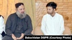 د بلوچستان وزیراعلی جام کمال خان او د عثمان کاکړ مشر زوی خوشحال کاکړ