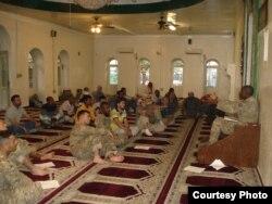达武德·阿格比尔是美国陆军五位随军穆斯林神职人员之一