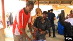 Abakozi bafasha impunzi ziteguye gusubira muri Somaliya