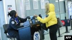 El Departamento de Estado de EE.UU. dijo a sus ciudadanos que viajar a Venezuela puede ocasionar detenciones arbitrarias contra ellos. Fotos de archivo.