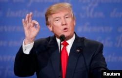 Kandidat Republikanske stranke za predsednika SAD, Donald Tramp, tokom debate održane u sredu