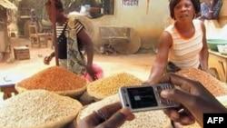 Мобільники допомагають африканським фермерам збільшити продуктивність