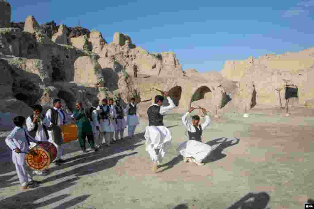 جاذبه های تاریخی و طبیعی استان سیستان و بلوچستان عکس: برنا قاسمی