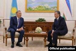 Shavkat Mirziyoyev Qozog'iston Prezidenti Nursulton Nazarboyev bilan, Toshkent, 12-sentabr, 2016-yil.