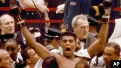 Mohamed Ali, lors de son combat face à Sonny Liston, Miami, 25 février 1964.