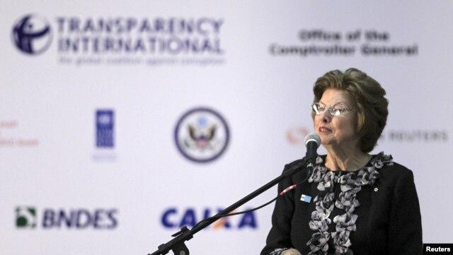 Los resultados del Indice de Percepción de la Corrupción demuestran que las sociedades continúan pagando el alto costo que supone la corrupción, dijo Huguette Labelle, presidenta de Tl.
