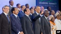 Presiden AS Barack Obama berpose bersama para pemimpin Afrika di kantor Deplu AS di Washington hari Rabu (6/8).