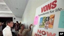Nezaposleni stanovnici Californije u potrazi za radnim mjestom