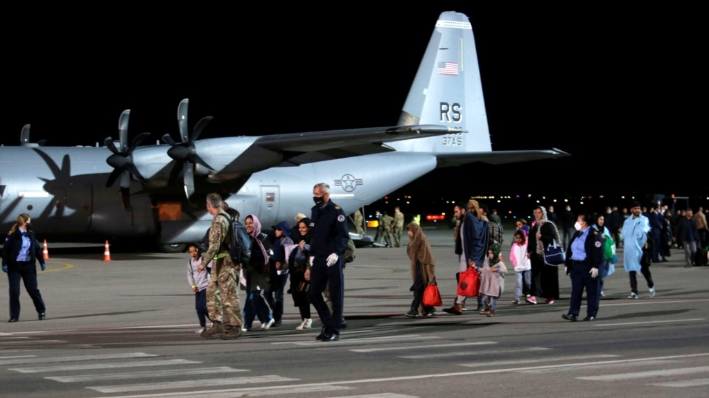 """SHBA përgënjershtron njoftimet se në Kosovë po dërgohen afganë """"të papranueshëm"""""""