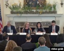 星期四在纽约举行的如何促进中国人权的研讨会
