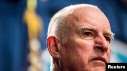 加州州长布朗