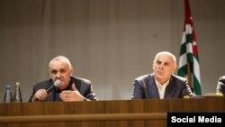 ალექსანდრე ანქვაბი და ასლან ბჟანია