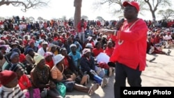 Prime Minister Morgan Tsvangirai campaigning Thursday afternoon in Vungu constituency, Lower Gweru, Midlands province.