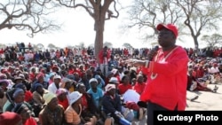 Prime Minister Morgan Tsvangirai campaigning Thursday in Vungu constituency, Lower Gweru, Midlands province in 2013.