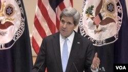 美國新任國務卿克里警告說,自動削減預算將傷害美國外交政策