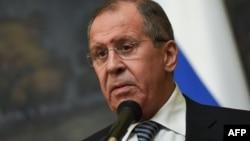 Le chef de la diplomatie russe Sergueï Lavrov annonce l'expulsion de diplomates américains, à Moscou, le 29 mars 2018.