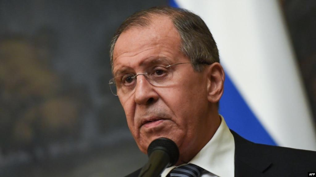 Ngoại trưởng Nga Sergueï Lavrov loan báo việc trục xuất một số nhà ngoại giao Mỹ tại Moscow, ngày 29/3/2018, sau phản ứng tương tự của Mỹ trong vụ đầu độc cựu diệp viên Nga Sergei Skripal.