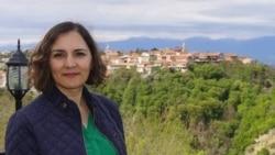 """Simin Səbri: """"İranda qadınların yeganə çıxış yolu rejimin dəyişməsidir"""""""