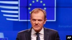 ປະທານ ສະພາຂອງຢູໂຣບ ທ່ານ ດໍໂນລ ທັສຄ໌ ກ່າວໃນລະຫວ່າງກອງປະຊຸມຖະແຫລງຂ່າວ ຕໍ່ສື່ມວນຊົນ ກ່ຽວກັບ Brexit ຢູ່ຕຶກ Europa ໃນນະຄອນຫຼວງ ບຣັສໂຊລສ໌ ຂອງແບລຈ້ຽມ, ວັນທີ 20 ມີນາ 2019.