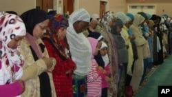 Muslim di AS shalat berjamaah di bulan Ramadan (Foto: dok).