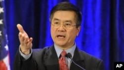 骆家辉1月13日在美中贸易关系委员会发表政策演说