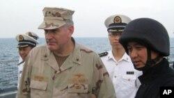 """美国海军少将桑德斯11月访问中国军舰""""舟山号"""""""