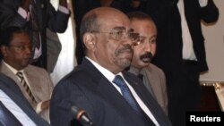 Sudan's President Omar al-Bashir attends a meeting with leaders from South Sudan at the National Palace in Addis Ababa January 5, 2013.