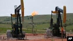 El metano, componente clave del gas natural, tiende a filtrarse durante la producción de petróleo y gas.