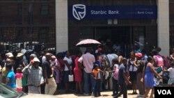 Ayitholakali imali emabhanga kwele Zimbabwe.