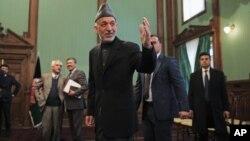 阿富汗卡爾扎伊1月25日與新聞界會晤。