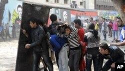 Biểu tình tiếp diễn ở Ai Cập