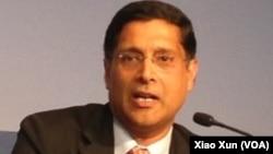 Arvind Subramanian, kepala penasihat ekonomi India (foto: dok).