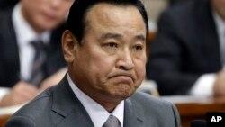 韩国总理李完九