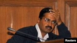 Thủ hiến New Delhi của Ấn Ðộ, người được bầu lên từ cuộc vận động chống tham nhũng, đã từ chức sau 49 ngày.