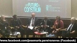 """Apresentação do Livro """"Um futuro a construir"""", José Maria Neves e Francisco Pinto Balsemão"""
