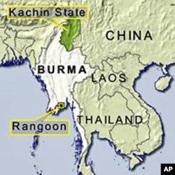 ផែនទីនេះបង្ហាញរដ្ឋកាឈិន (Kachin) នៅភាគខាងជើងប្រទេសភូមា ជាប់ព្រំដែនជាមួយប្រទេសចិន។