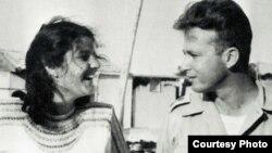 Кадр из фильма: Ицхак Рабин и его жена Лея. 1948 г.