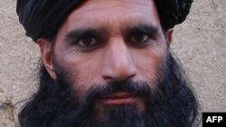 괴한의 총격을 받고 사망한 것으로 알려진 파키스탄 탈레반 지도자 아스마툴라 샤힌. (자료사진)