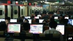 중국 베이징의 한 인터넷 카페. (자료사진)