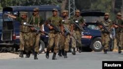 Quân đội Pakistan nói các cuộc không kích đã giết chết 20 phần tử chủ chiến và phá hủy 3 nơi ẩn náu của họ ở Thung lũng Tirah và khu bộ tộc Khyber.