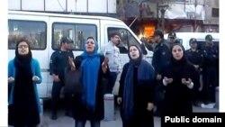 عکسی که وبسایت مجذوبان نور از تجمع روز شنبه زنان دراویش منتشر کرده است