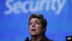 La secretaria de Seguridad Nacional de Estados Unidos, Janet Napolitano llega a México para lograr acuerdos binacionales.